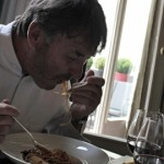 vigato-cuisine-mange-spaghettis-bolognaise