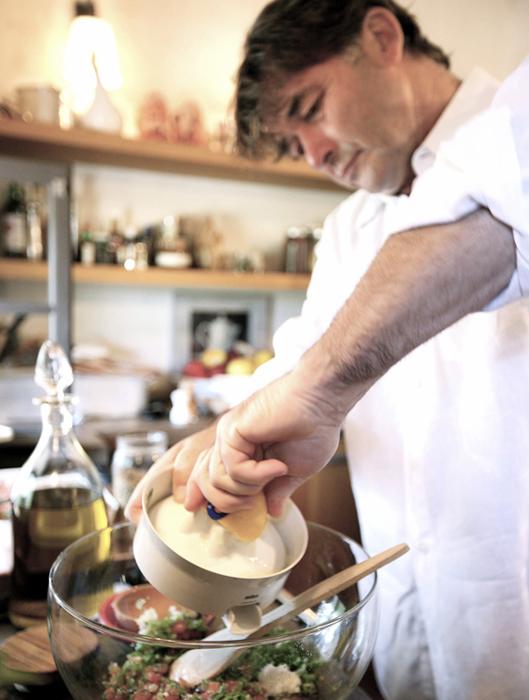 preparation-sauce-vinaigrette-lasagnes