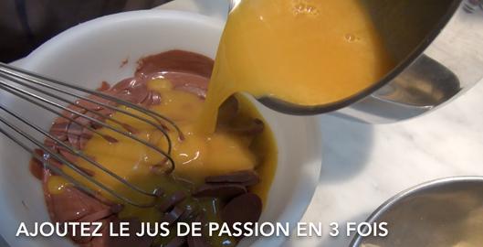 passion-ganache-buche-de-noel-pierre-herme