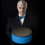 petrossian-cree-la-plus-grosse-boite-de-caviar-du-monde