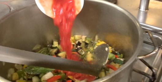 ratatouille-nicoise-au-four-par-maxime-pulpe-tomates
