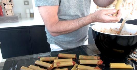 recette-video-cannelloni-farcis-par-vigato-farcir-cannelloni