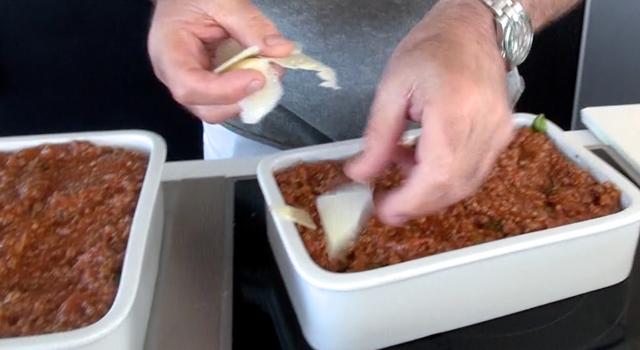 recette-video-cannelloni-farcis-par-vigato-parmesan-copeaux