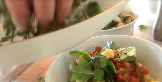 recette-video-salade-pates-legumes-par-vigatopreparation